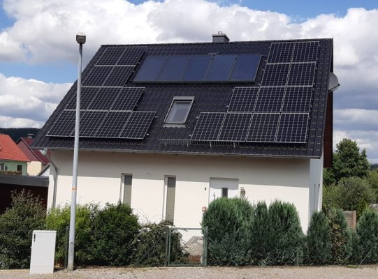 6,82 kWp PV-Anlage mit 13 kWh E3DC-Speicher in Kreiensen